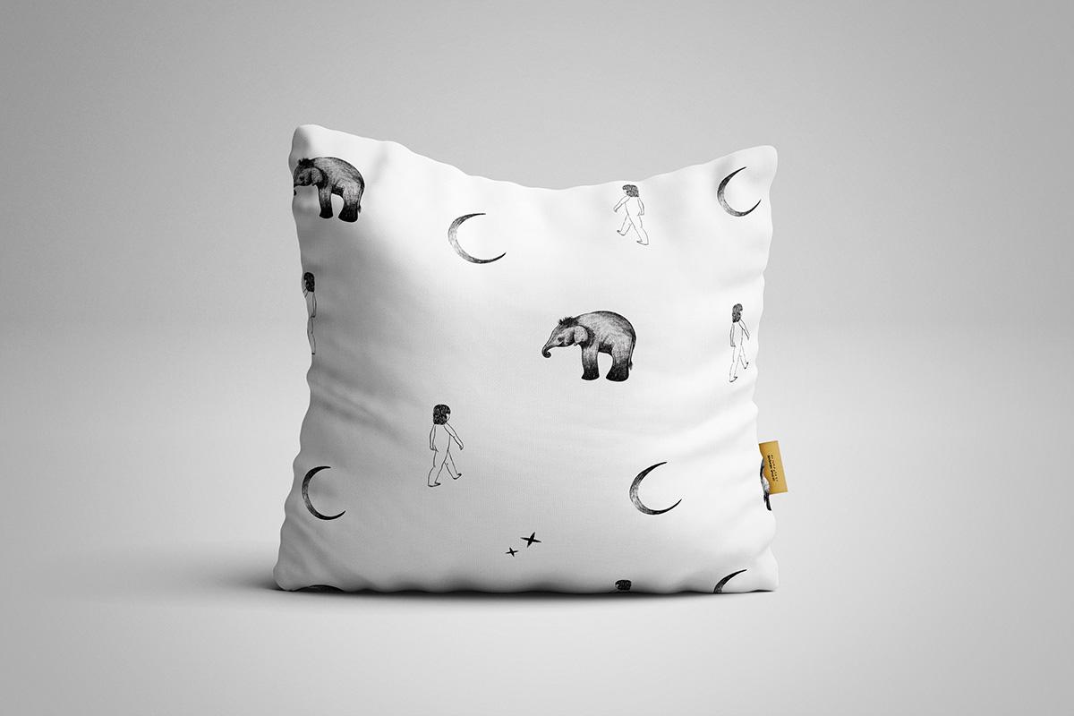 Pillow Moon Pattern